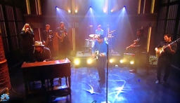 """Rolling Stone ft. Night Sweats Performing """"Tearing at the Seams"""" on Seth Meyers"""